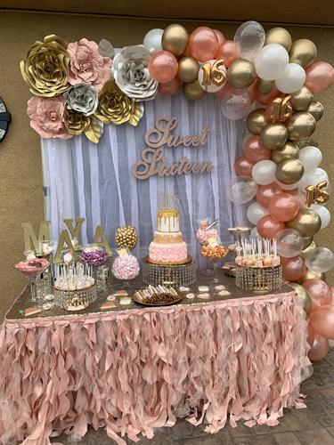 ROSEGOLD SWEET DESSERT TABLE AND BACKROP