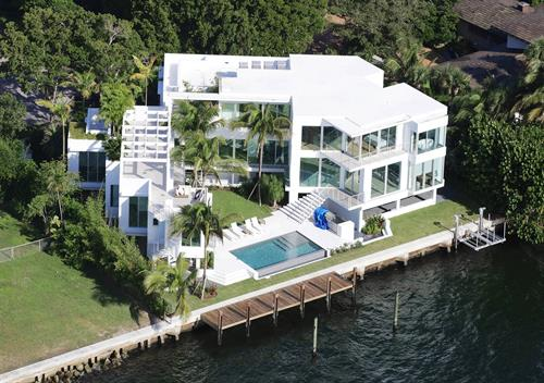 Bayfront residence in Miami Shores
