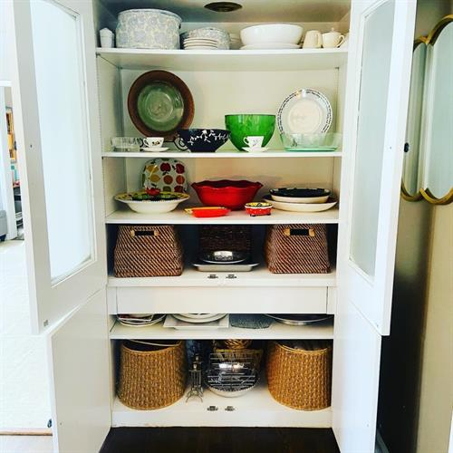 Gallery Image Dining_Closet_After.jpg