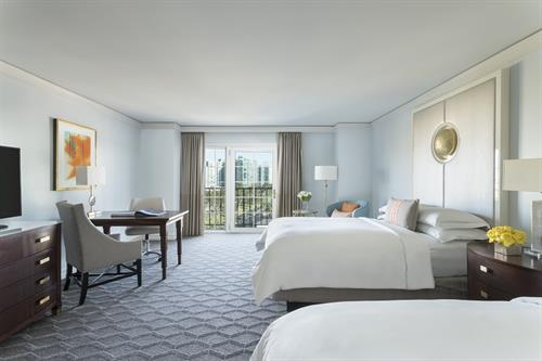 Club Level Guest Room, Double Beds
