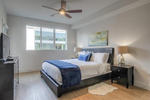 2 Bedroom - Master Bedroom Cal-King Bed
