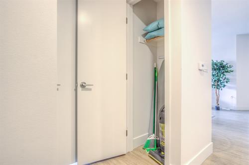 2 Bedroom - closet