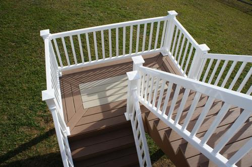 Vinyl decking and railing with style.