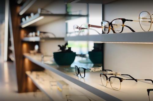Gallery Image Optical_Studio_eyeglasses_.png