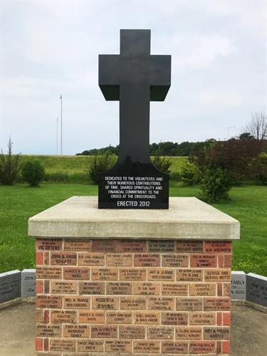 Cross in granite @ the cross in Effingham