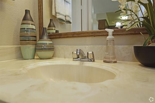 Gallery Image hickory-hill-tomball-tx-bathroom-sink.jpg