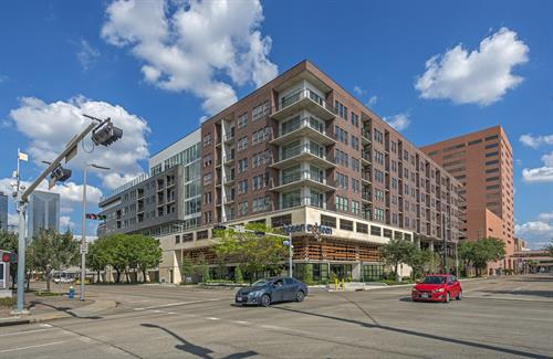 Allied Orion Block 384- Eighteen 24 Luxury Residential Mid-Rise - Downtown Houston, TX