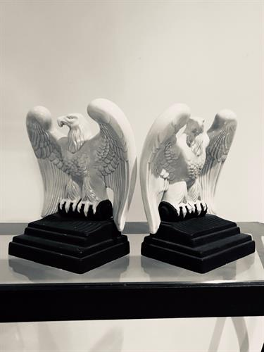 Eagle Book Ends keeps your books neat.