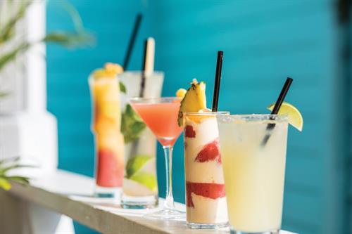 Gallery Image BB18-HH-Cocktails1.jpg