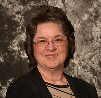 Bobbie Pilgrim ~ Lending Team ~ Crossville Office ~ Bobbie.Pilgrim@fnbotn.com