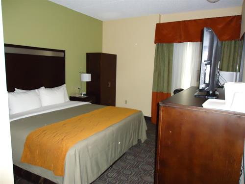 ADA King Standard Guestroom