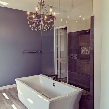 Gallery Image bathtub.jpg