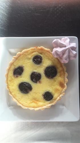 Clafoutis (Vanilla Custard & Cherries)