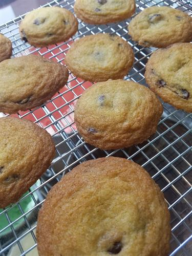 Gallery Image Chocolate_chip_cookies.jpg