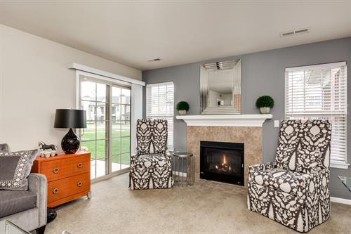 Heron Springs Spacious Living Areas with Fireplace