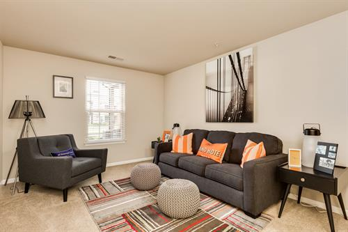 Parkways of Auburn Hills Spacious Second Bedrooms