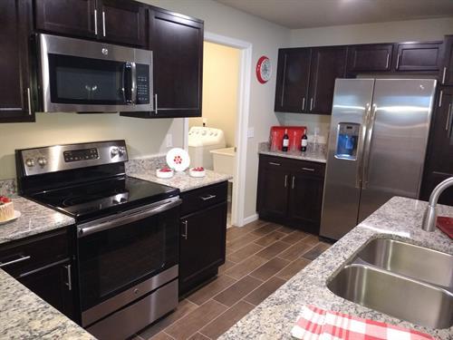 Parkways of Auburn Hills Designer Kitchens