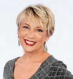 Connie LaBarge Thomas | RE/MAX Defined