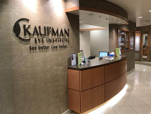 Kaufman Eye Institute Wesley Chapel front desk for eye exams