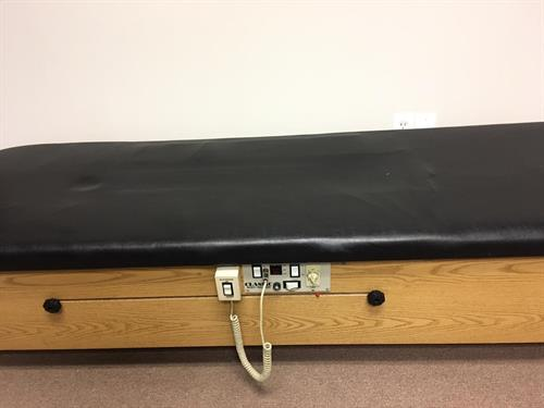 We have a sturdy traction equipment for para-spinal muscles acconditioning and relaxation