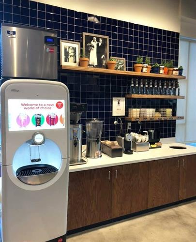 Over 200 different fountain beverage options