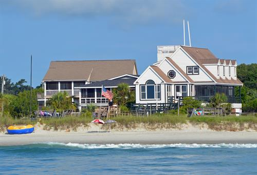 Oceanfront beach homes on Pawleys Island