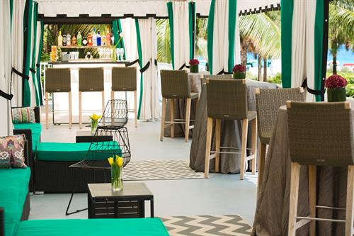 The Vines, Cabanas