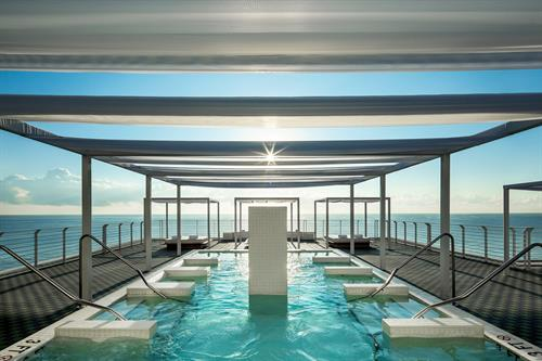 Hydrotherapy Rooftop Pool