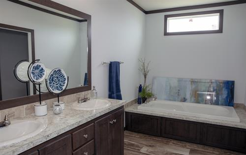 Gallery Image winkler_master_bathroom1_Village_Mobile_Homes_near_Austin_TX.jpg