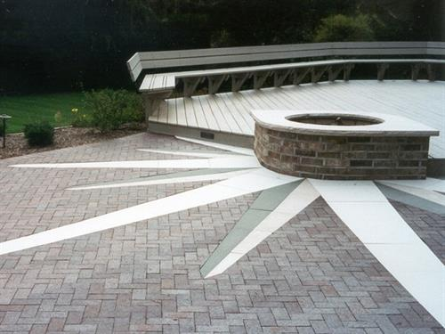 Gallery Image 1-Courtyard.jpg