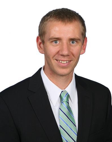 Kyle Myhre, AVP Commercial Banker