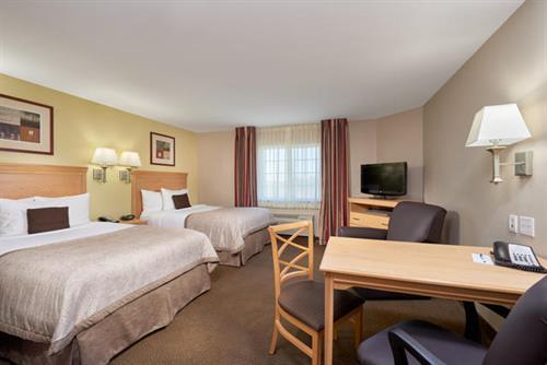 Candlewood Suites Park 10