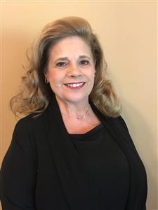 Receptionist/Concierge- Carolyn Williams