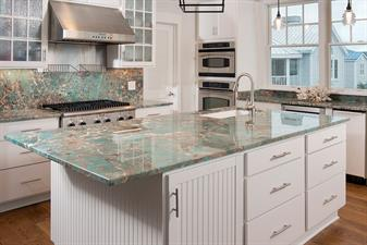 Distinctive Granite & Marble