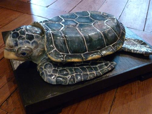 Gallery Image TurtleTureen3.JPG