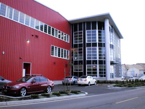 Front of Building & Parking Lot