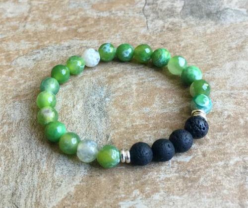 Green Fire Agate Aromatherapy Bracelet https://www.dobeaddoobydoo.com/product/green-fire-agate-aromatherapy-bracelet/
