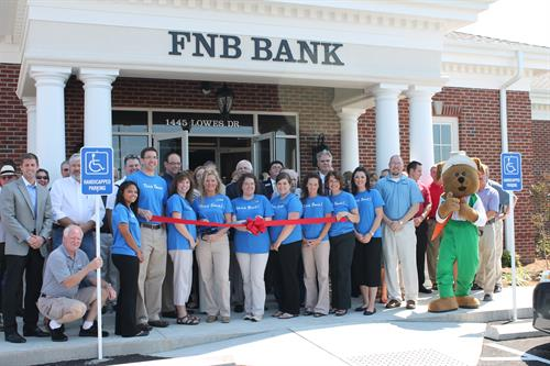 FNB's Chamber Ribbon Cutting at the Grand Opening of NEW Lowes Drive location.