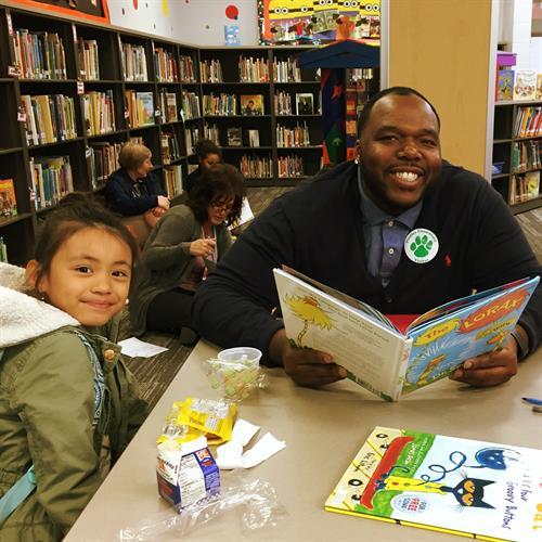 Kids love reading!