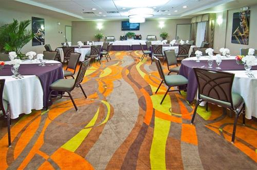 Our Banquet Sales Specialist can assist you with all your catering needs.