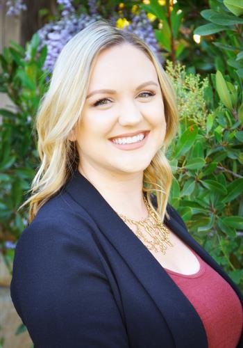 Hanna Paulsen, Loan Processor