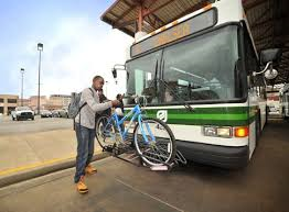 Memphis Resident Using MATA Bus Rack