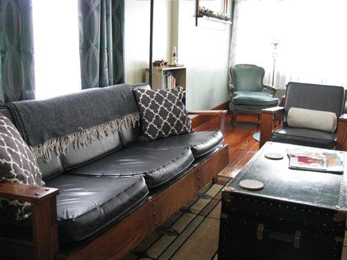 Gallery Image Living_Room3.JPG