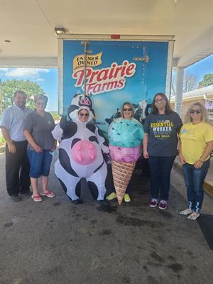 Serenity HospiceCare Partners with Prairie Farms to Deliver Ice Cream and Smiles