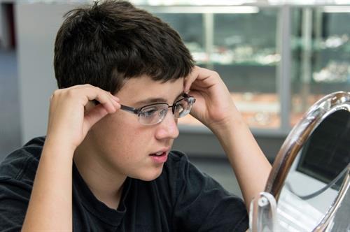 Gallery Image boy-glasses-optical-850px_orig.jpg