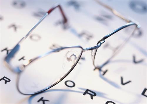 Gallery Image eyeglasses5.jpg