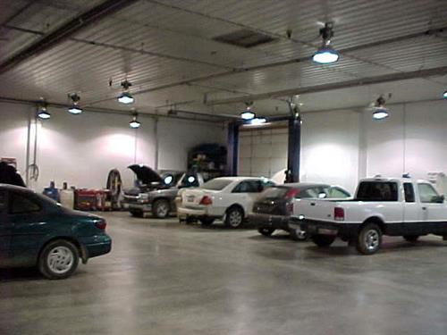 Gallery Image bodyshop.jpg