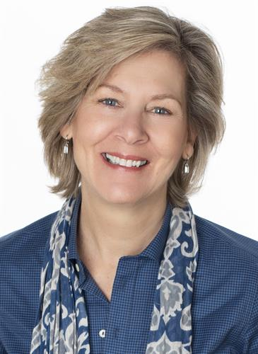 Lisa Cloyd, Owner/Broker