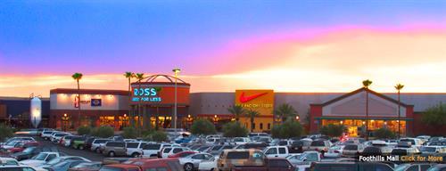 Gallery Image Foothills-Levis_Nike_sunset.jpg