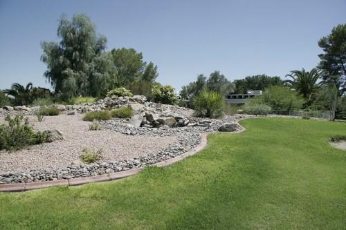 Gallery Image grass-desert-pueblo.jpg